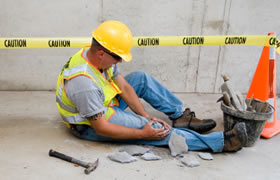 Combine your CSCS construction safety training with the traffic marshal course